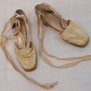Stuart Weitzman Ballet Shoes With Ribbons 7.5
